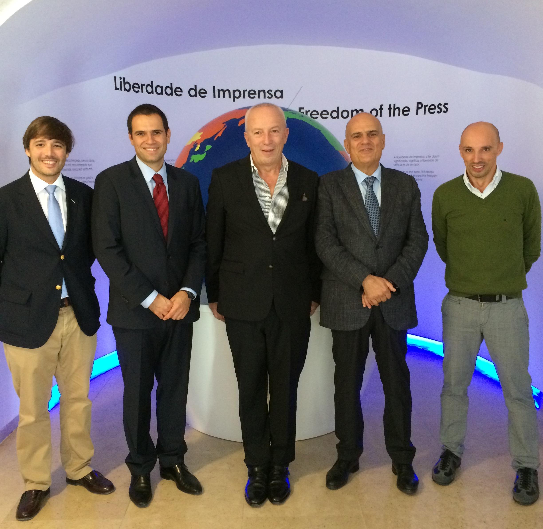 pedro santana chat sites Pedro santana lopes eleito académico de mérito da academia portuguesa da história - o ex-provedor da santa casa da misericórdia de .