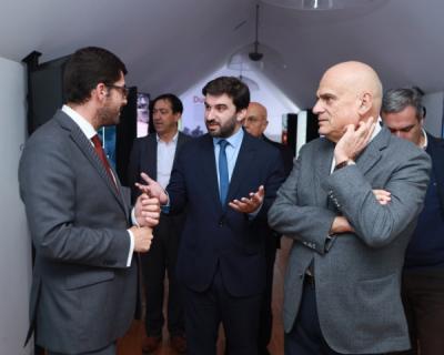 Ministro da Educação vive a experiência do NewsMuseum